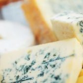 Чим корисний сир з пліснявою?