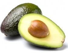 Які вітаміни в авокадо?
