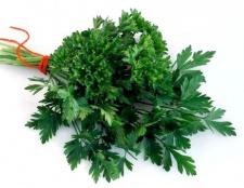 Петрушка - зелень для чоловіків